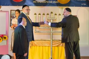 Празднование Хануки в школе Эц Хаим